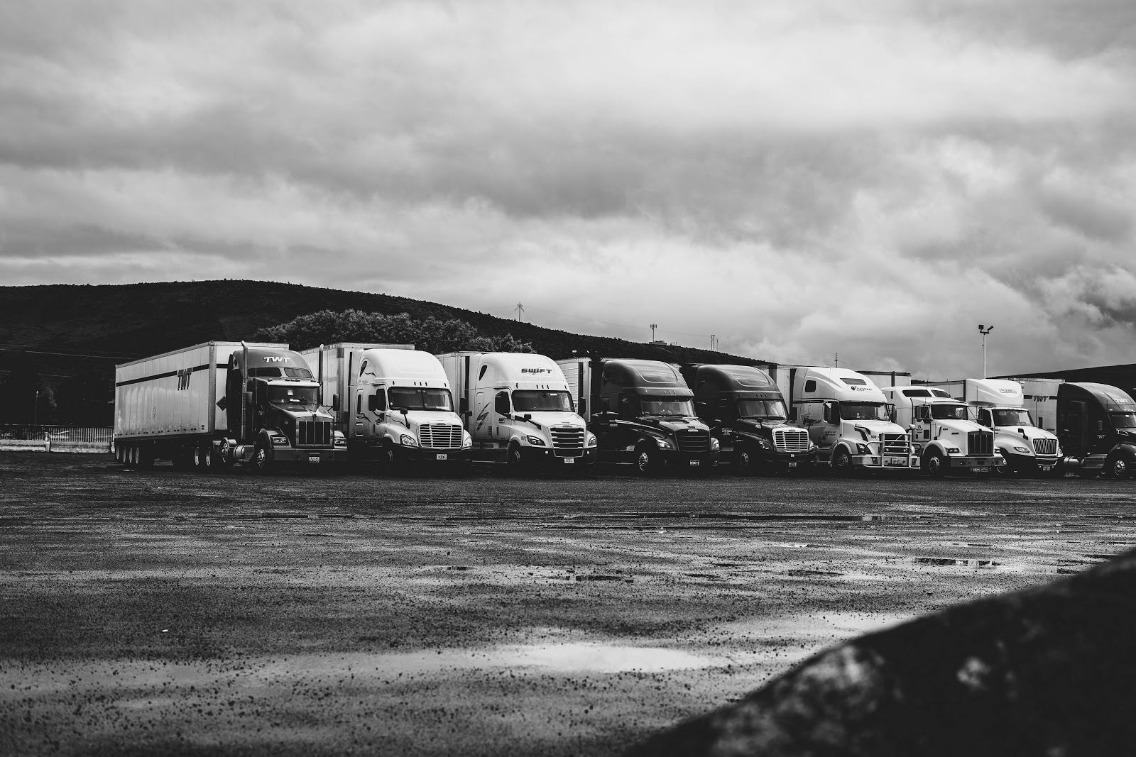 When Should I Consider Outsourcing My Logistics